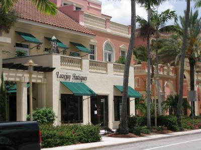 Main road in Naples, FL?