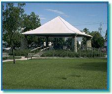 Naples has several parks for outdoor recreation.